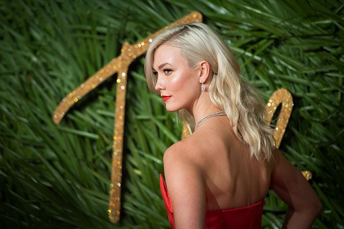 7 Celebrities Who Went Blonde In 2017