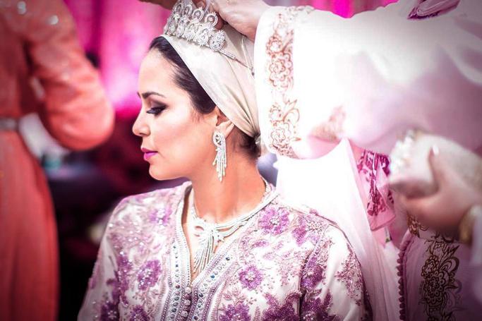 11 Stunning Bridal Looks From Around The World