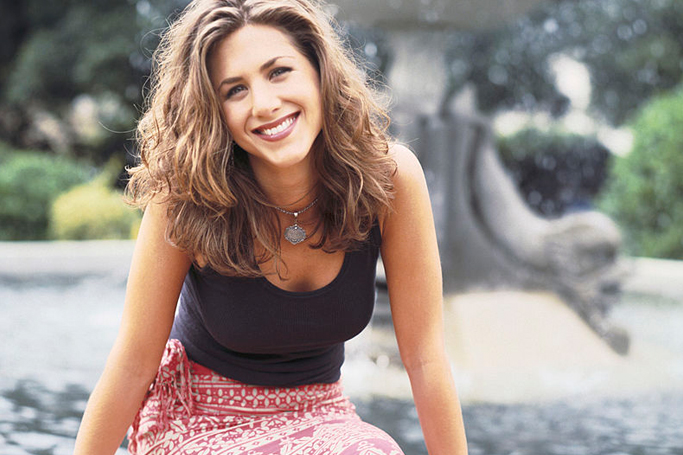 Style Guide: How To Dress Like Rachel Green