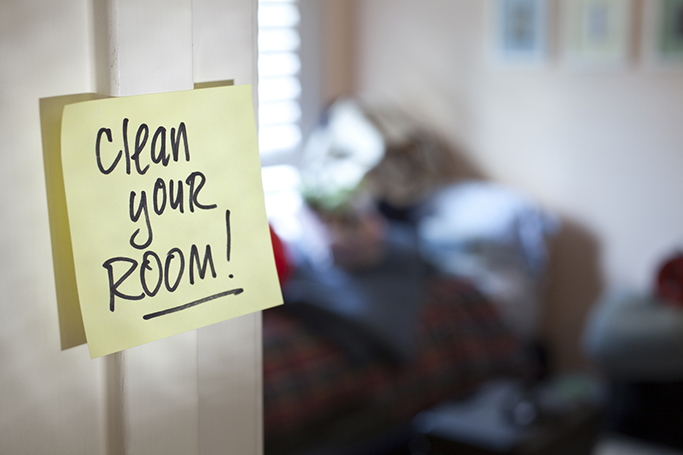 clean bedroom quickly