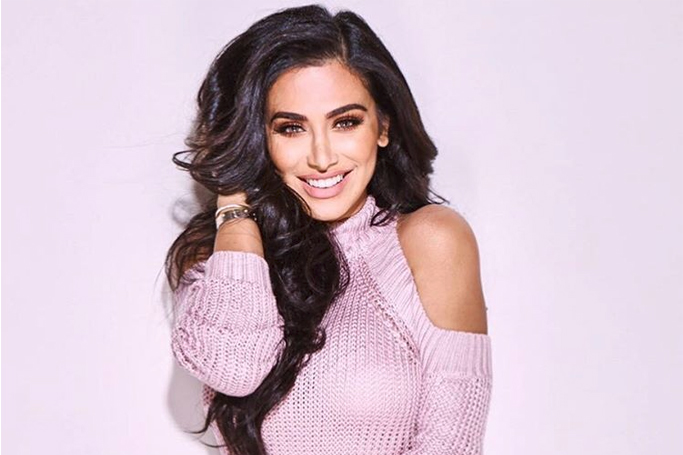 Huda Beauty Reveals How She Does Her Makeup Everyday