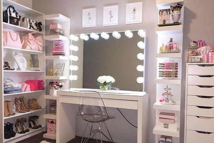 10 Makeup Vanities That Every Beauty Lover Will Want