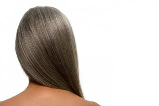 This Is Why Some Young People Get Gray Hair