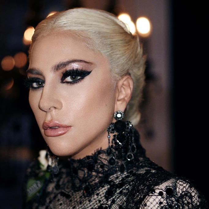 Grammys beauty looks