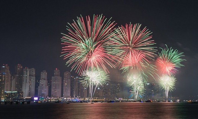 Dubai Fireworks on The Beach