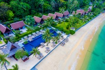 This Thailand Resort Is Perfect For A Family Vacay