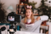 The Female Vloggers Featured At VIDXB