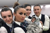 Woman Gives Birth At 42000 Feet In A Turkish Airlines Flight