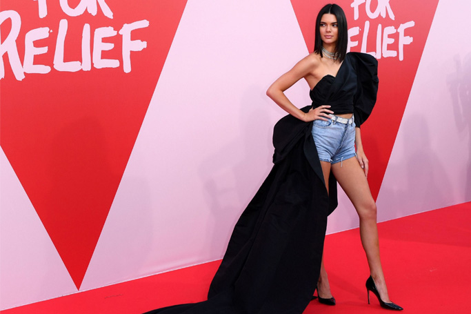 10 Red Carpet Outfits You Can Wear In Real Life