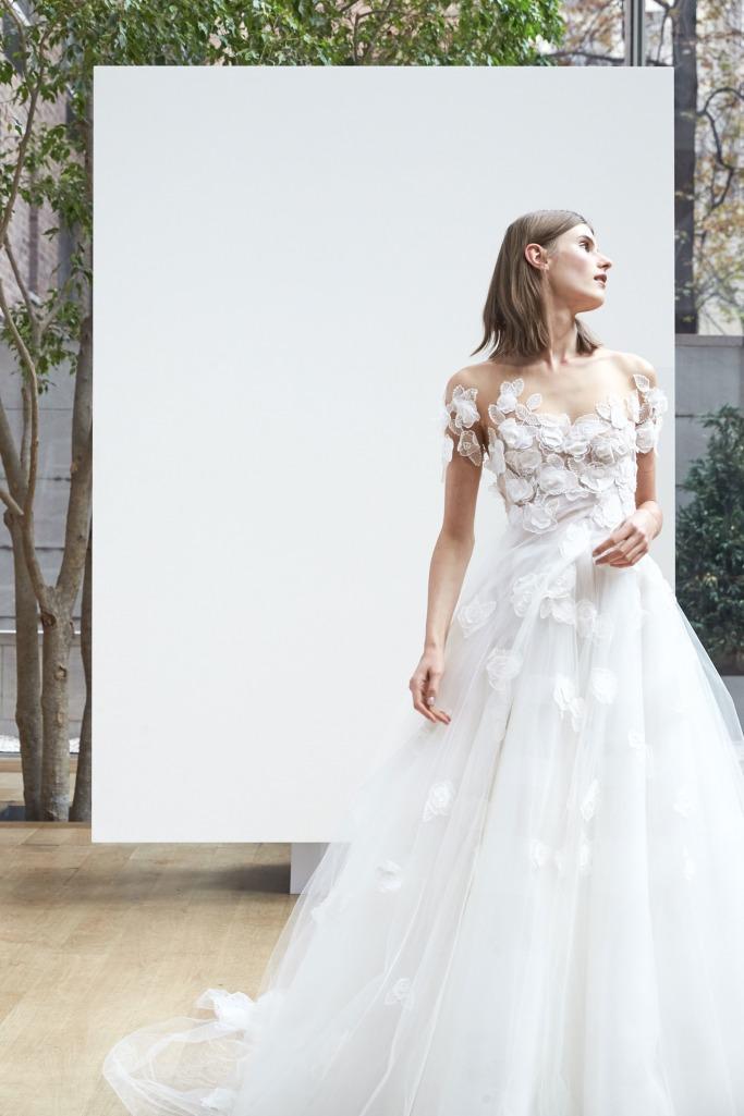 Spring 2018 Wedding Dresses Fit For A Princess | ewmoda