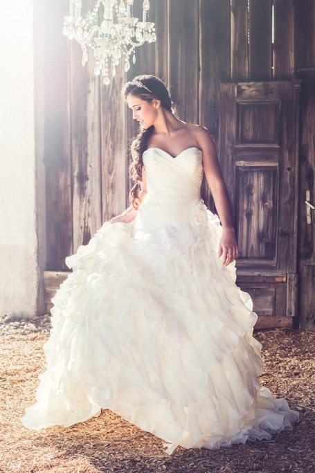 This Is How Much An Average Bride Spends On Her Wedding Dress Ewmoda