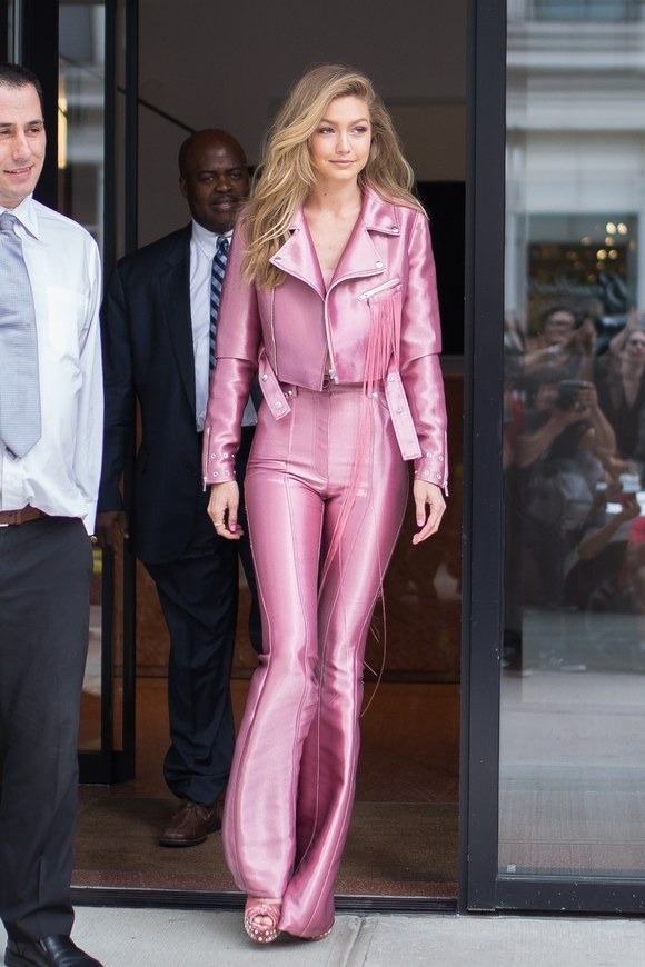 gigi hadid channels her inner elle woods and lizzie mcguire